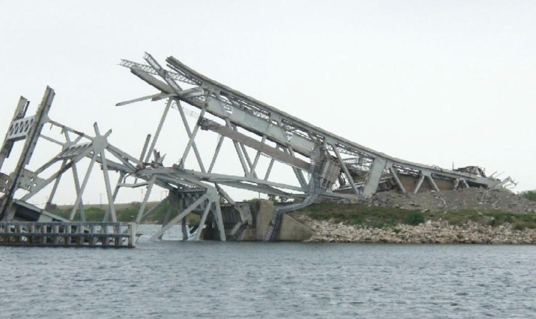 Tule Lake Lift Bridge